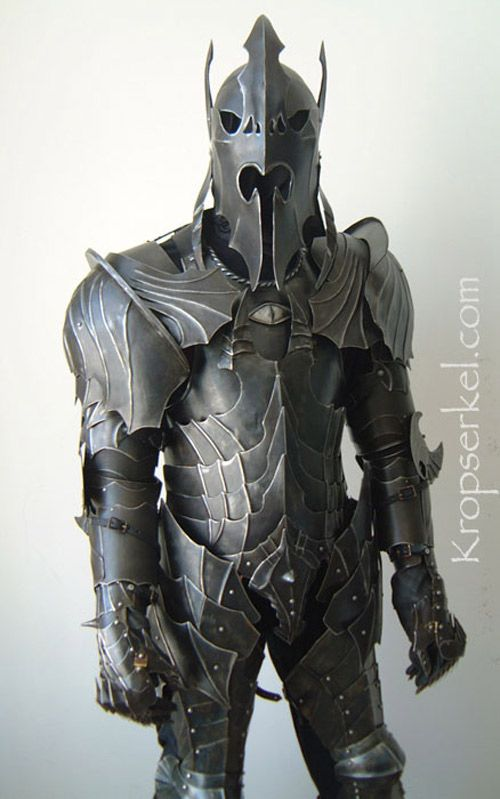 nazgul-full-body-armor_2